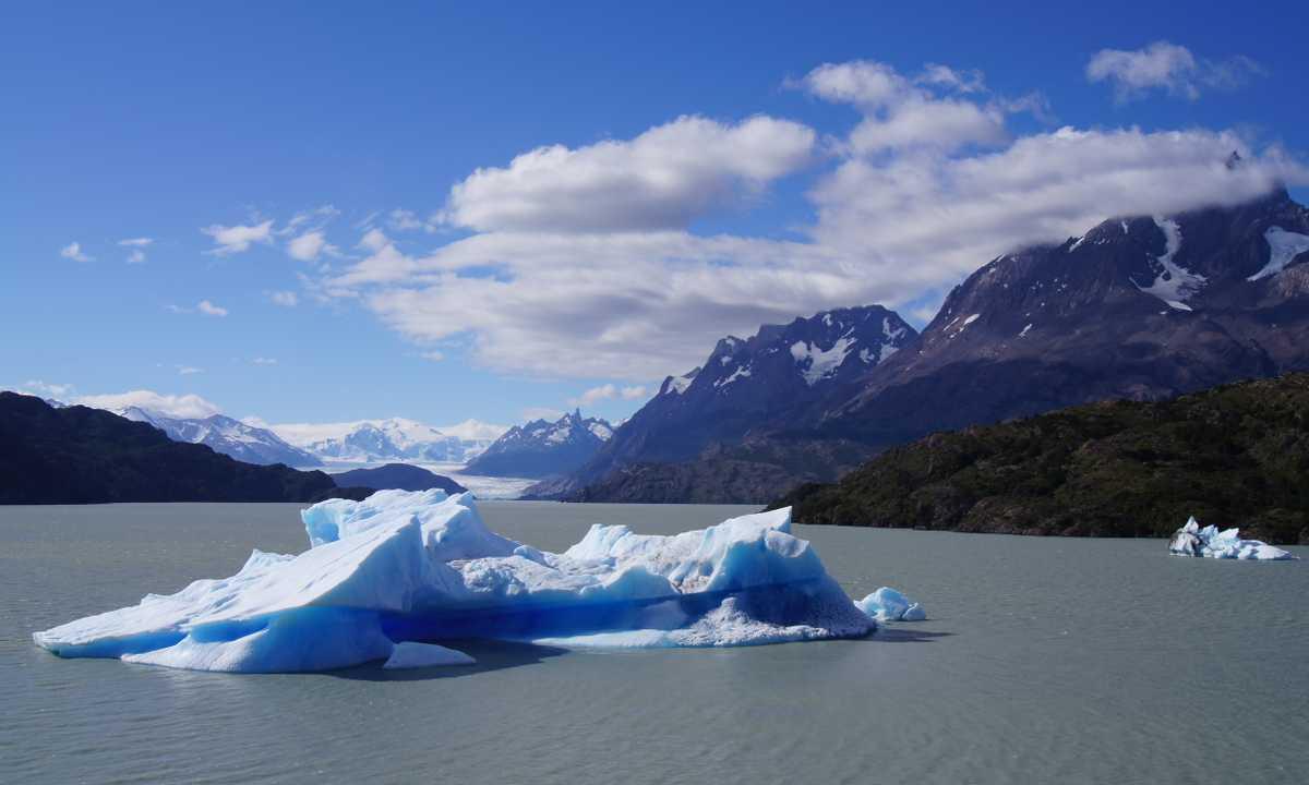 Iceberg southern end Lago Grey