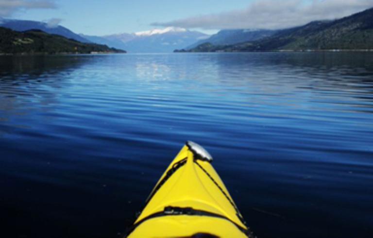 Chilean Kayaking - Small - KO_KAY  p-p