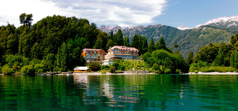 Luxury Rio Correntoso