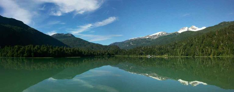 Lago-Frias-and-Mount-Tronador-Gallery-SD