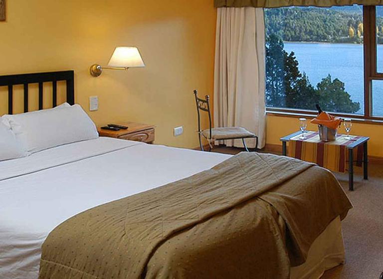 Peninsula-Petit-Hotel