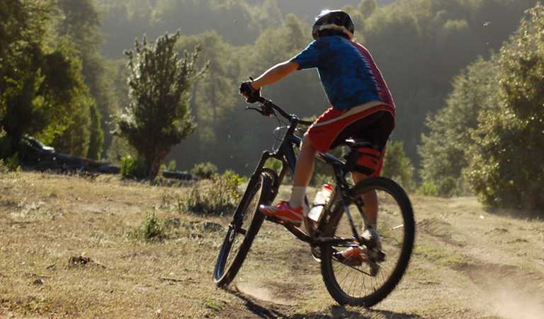Biking the Puelo Valley - COMA