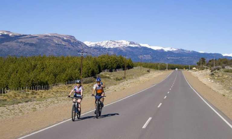 North Patagonia's Lakes & Volcanoes by Bike