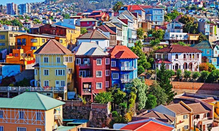 Classic Santiago, wines and Valparaiso